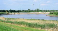 Baustelle / Gebiet Kreetsand an der Norderelbe in Hamburg Wilhelmsburg. Mit dem Pilotprojekt Kreetsand wird neuer Flutraum für die Elbe geschaffen.