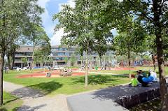 Spielplatz - Neubaugebiet auf der Harburger Schlossinsel.