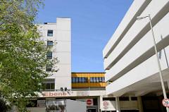 Architektur in der Zentralen Zone der Hamburger City Nord - erbaut von 1968 - 1980.