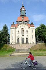 Neobarocke Kirche - ev. Gemeinde Moritzburg; Entwurf Richard Schleinitz - Weihe 1904.