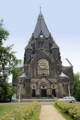 Trinitatiskirche in Riesa; neuromanische Architektur, erbaut 1897 - Architekt  Jürgen Kröger.
