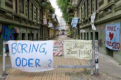 Transparte / Plakate gegen den G20 Gipfel in Hamburg.