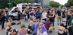Demonstration Bildungsstreik  - Jugend Gegen G20 in Hamburg; Treffen am Millerntor.