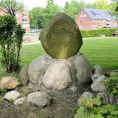 Gedenkstein Friede 1871 in Wilster, Kreis Steinburg.