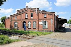 Historische Lagerhaus - Ziegelgebäude am Lübecker Ufer vom Hamburger Hansahafen.