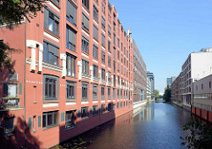 Altes Kontorhaus am Mittelkanal in Hamburg Hammerbrook.