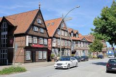 Historische Fachwerkhäuser in der Harburger Schloßstraße, erbaut im 17/18. Jahrhundert.