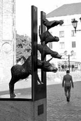 """Skulptur """"Die Bremer Stadtmusikanten"""" in Riga, Geschenk der Partnerstadt Bremen - Arbeit der Bremer Künstlerin Christa Baumgärtel."""