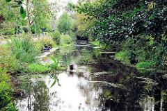 Historischer Seevekanal - angelegt im 16. Jahrhundert - Wasserverbindung zwischen Seeve und Elbe; Bilder aus Hamburg Rönneburg.
