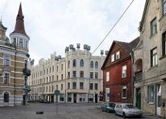 Unterschiedliche Baustile - Architektur in Riga.