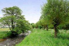 Lauf der Seeve / Gemeinde Seevetal.