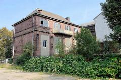 Gebäude der ehem. Elektrizitätswerke in Hamburg Waltershof / historische Industriearchitektur Hamburgs.