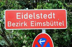 Stadtteilgrenze von Hamburg Eidelstedt - Schild, Bezirk Eimsbüttel; roter Grund, weisse Schrift.