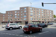Neubauten / Wohnungsbau an der Kieler Straße / Sportplatzring in Hamburg Stellingen.