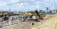 Abbrucharbeiten der Kaimauer am Versmannkani im Hamburger Baakenhafen / Hafencity.