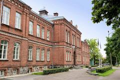 Backsteingebäude - Schulgebäude, Mittelschule in  Fellin / Viljandi, Estonia.
