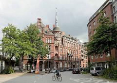 Gebäude Münzburg im Münzviertel von Hamburg Hammerbrook - 1886 fertiggestellt, Architekt u. Bauherr M. Brekelbaum; Reste der Wohnbebauung des im Krieg zerstörten Stadteils Hammerbrook - seit 1999 unter Denkmalschutz.