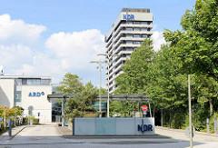 Eingang, Verwaltungsgebäude vom NDR in Hamburg Lokstedt.