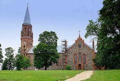 Kirche St. Paulus in  Fellin / Viljandi, Estland; eingeweiht 1866 - Architekt Matthias von Holst.