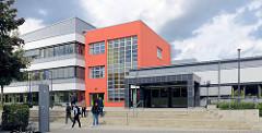 Gebäude der Stadtteilschule Hamburg Horn - moderne Architektur.