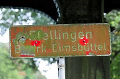 Altes bemoostes Stadtteilschild Hamburg Stellingen / Bezirk Eimsbüttel.