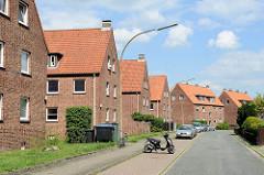Schlichte Mehrfamilienhäuser - Wohnblocks in der Oderstrasse von Winsen / Luhe.