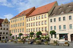 Marktplatz von Torgau - Renaissancearchitektur, Bildmitte Hotel Goldener Anker.
