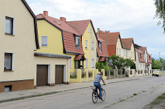 Wohnhäuser / Doppelhäuser in der Ludwig Feuerbach Strasse in Torgau / Elbe.