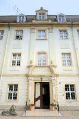 Eingang zum Wartenburger Schloss; ursprünglich 1603 errichtet.