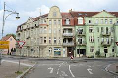 Mietshäuser mit Erker und Giebeln - Architekur in Torgau / erbaut 1912.