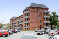 Ehem. Artilleriekaserne, erbaut 1883 an der Puschkinstraße in Torgau - moderner Umbau zu Wohneinheiten 2015.