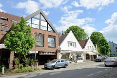 Geschäftshäuser / Restaurants in der Bahnhofstraße von Winsen / Luhe.