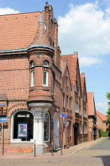 Backsteinarchitektur mit Erkerturm - Deichstraße / Luhestraße in Winsen.