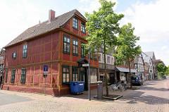 Historisches Eckhaus  am Kehrwieder / Deichstrasse in Winsen Luhe.