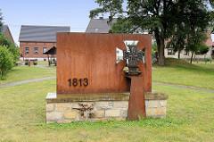 Eisernes Kreuz vom ehem. Schinkel Denkmal für die Schlacht bei Wartenburg 1813, aufgestellt 2007