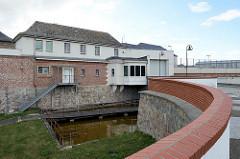 Justizvollzugsanstalt Fort Zinna, Festungsanlage in Torgau; ehem. Wehrmachsgefängnis - ab 1943 Sitz vom Reichskriegsgericht. Nach Kriegsende Lager des NKWD.