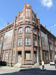 Verlassenes Gewerbegebäude - historische Industriearchitektur / Backsteingebäude in Elbląg / Elbing; geplante Nutzung als Bürogebäude.