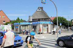 Straßenverkehr in Geesthacht - Bergedorfer Straße.