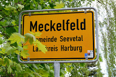 Ortsschild Meckelfeld, Gemeinde Seevetal - Landkreis Harburg.