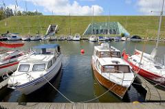 Marina mit Sportbooten - Pilies uostas / Schlosshafen in Klaipėda.