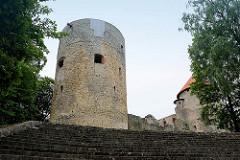 Ruine / Reste der Ordensburg in Cēsis; 1209 begannen Deutsche Kreuzritter des Schwertbrüderordens eine Ordensburg zur errichten.