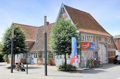 Krügersches Haus - älteste Haus in Geesthacht;  erbaut 1723 - niederdeutsches Hallenhaus; jetzt Museum und Tourist-Information.