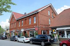 Geschäftshäuser in der Kirchstraße von Hittfeld - Wohnhaus / Geschäftshaus.