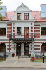 Historisches Gebäude der Zentral Bibliothek von Cēsis.