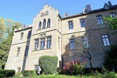 Schloss / Burg Mansfeld - Befestigungsanlage bei der Stadt Mansfeld; Baubeginn um 1500 - heute Nutzung  als moderne Christlichen Jugendbildungs- und Begegnungsstätte.