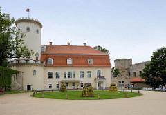 Neues Schloss von Cēsis, erbaut ab 1777 - jetzt Museum.