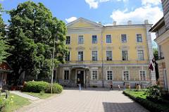 Schule für Technologie und Tourismus in Kuldīga / Lettland.