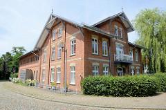 Landwirtschaftliches Gebäude - Umnutzung zum Wohnhaus; ländliche Architektur in Geesthacht.