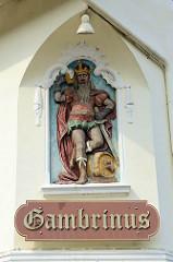 Gasthaus / Restaurant Gambrinus in Hittfeld. Gambrinus ist ein legendärer König, der als Erfinder des Bierbrauens angesehen wurde / Gegenstück zu dem Weingott Bacchus.