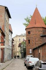 Monstranz-Turm in der  Podmurna Straße von  Toruń - Wehrturm an der historischen Stadtmauer / Stadtbefestigung aus dem 13. Jhd.